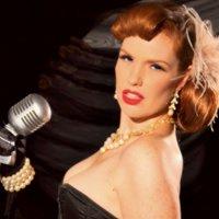 Hollie Kamel - Singer