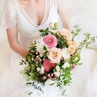Mary Wauchope - Flowers and wedding designer