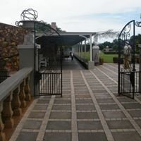 Green Leaves Country Lodge & Wedding Venue