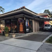 Monty's/Shores Liquors of Avondale