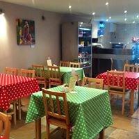 Robins Nest Coffee House/Cafe