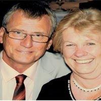 Paul and Robyn Gold Coast Celebrants