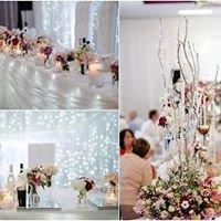 Artzy Weddings & Event Stylists