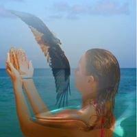 Crystalicious Massage, Altars and Womens Circles