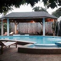 Lapu-Lapu Cottages & Restaurant