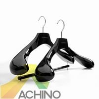 China Wholesale Hangers