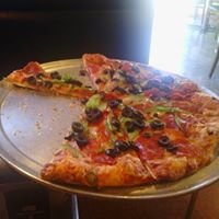Me-N-Eds Pizzeria