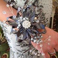 Daisy Blue Buttons