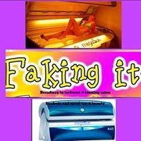 Faking-it Tanning Samantha Richards