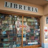 Libreria a Través del Espejo