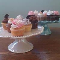 Elles Cupcakery & RL Catering