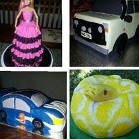 Cakes by Larissa
