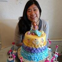 Tien Crook Cakes