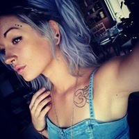 Jen at The Fringe Hair