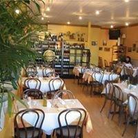 The Idylwood Grill & Wine Bar