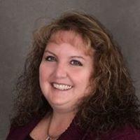 Linda Moed, Broker Salesperson, C21 Action Plus Realty