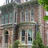 The Highland Manor Inn - Grand Victorian Bed & Breakfast