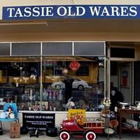 Tassie old wares