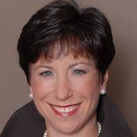 Amanda Damesek, Prominent Properties Sotheby's International Realty