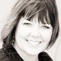 Maren Day Woods   Realtor, Home Stager