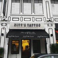 Pitt's Tattoo and Piercing - Rope walk
