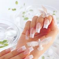 Popular Nails & Spa