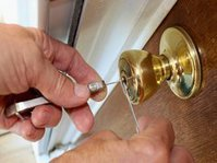 In & out locksmith llc