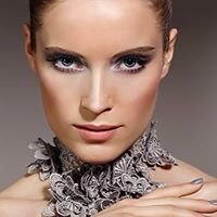 Make up & Beauty by Michelle Little