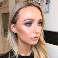 Hannah Caval Makeup Artist