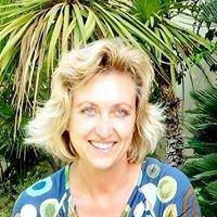 Spiritual Therapist & Energy Healer, Animal Communicator