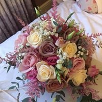 Karen Parkinson Ward Wedding Flowers at Amelia janes