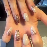 La Belle Prestige Nails Hair and Beauty