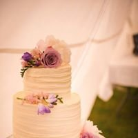 Cakes, Cupcakes and Bouquets