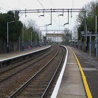 Purfleet railway station