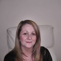 Danielle Holloway Hypnotherapist