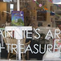 Annie's Art + Treasures