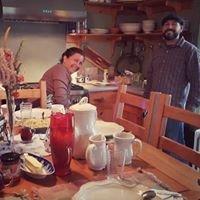 The Hoot Owl Lodge Proprietor's Tony and Kelly Audino