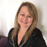 Tracey Lee Hogan - Naturally