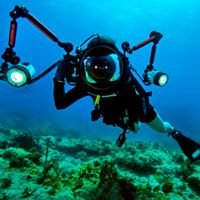 PUTU Underwater Photography