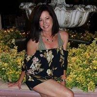 Gina Longo at Jamies Hair Design Salon and Nail Spa