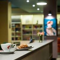 Barabuk kavarna in knjigarna