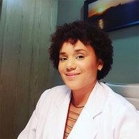 Dra. Mariane Nalbones - Cirurgia Plástica