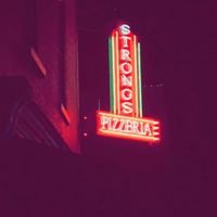 Strongs Brick Oven Pizza