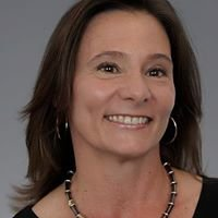 Lisa Jaeger, Realtor Associate Coldwell Banker Village Green