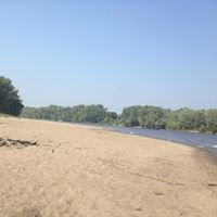 Rainbow Beach (Ct River)