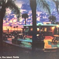 Willy's Tropical Breeze Cafe