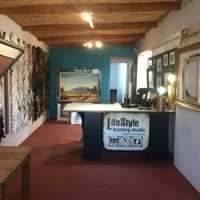 The Lifestyle Framing Studio