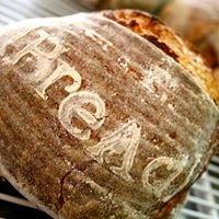 BREAD Panaderos Artesanales