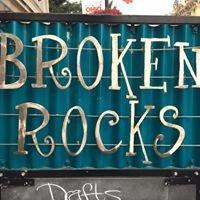 Broken Rocks Café and Bakery