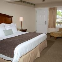 Holiday Hill Inn and Suites